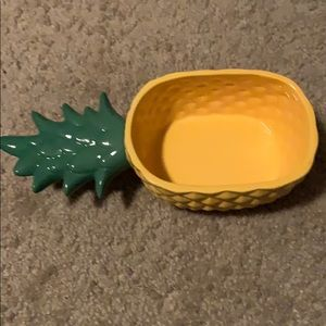 Ceramic Pineapple Serving Bowl- Yellow/green